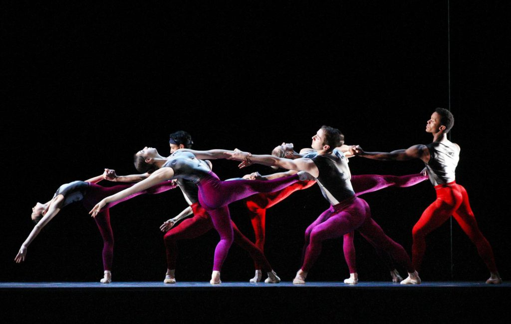 "5. Ensemble, ""In Transit"" by E.Meisner, Dutch National Ballet 2017 © H.Gerritsen"