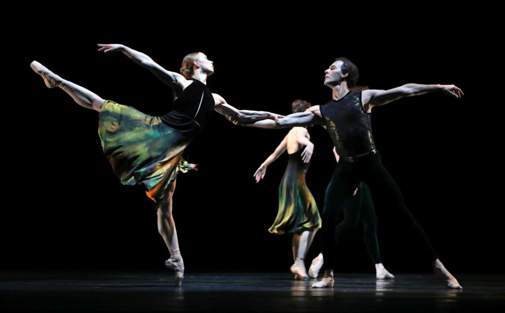 "44. V.Tsyganova, J.Varga and ensemble, ""Souvenir d'un lieu cher"" by A.Ratmansky, Dutch National Ballet © H.Gerritsen"