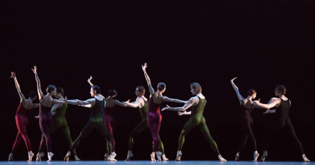 "2. Ensemble, ""Frank Bridge Variations"" by H.van Manen, Bolshoi Ballet 2017 © M.Logvinov / Bolshoi Theatre"