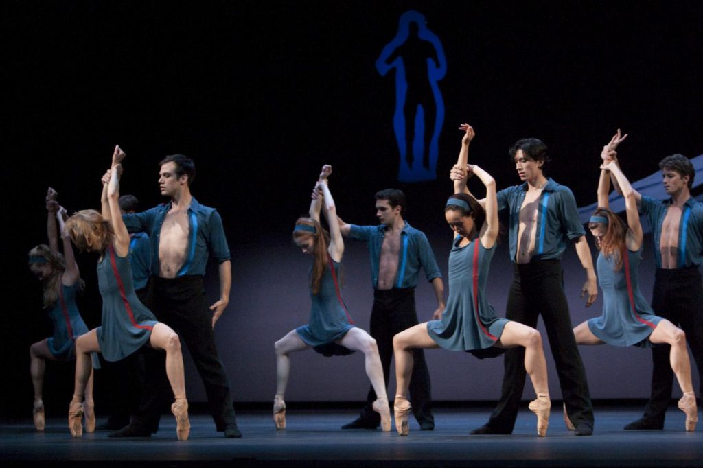 "22. Ensemble, ""The Reversibility of Rust"" by T.van Schayk, Dutch National Ballet © A.Sterling"