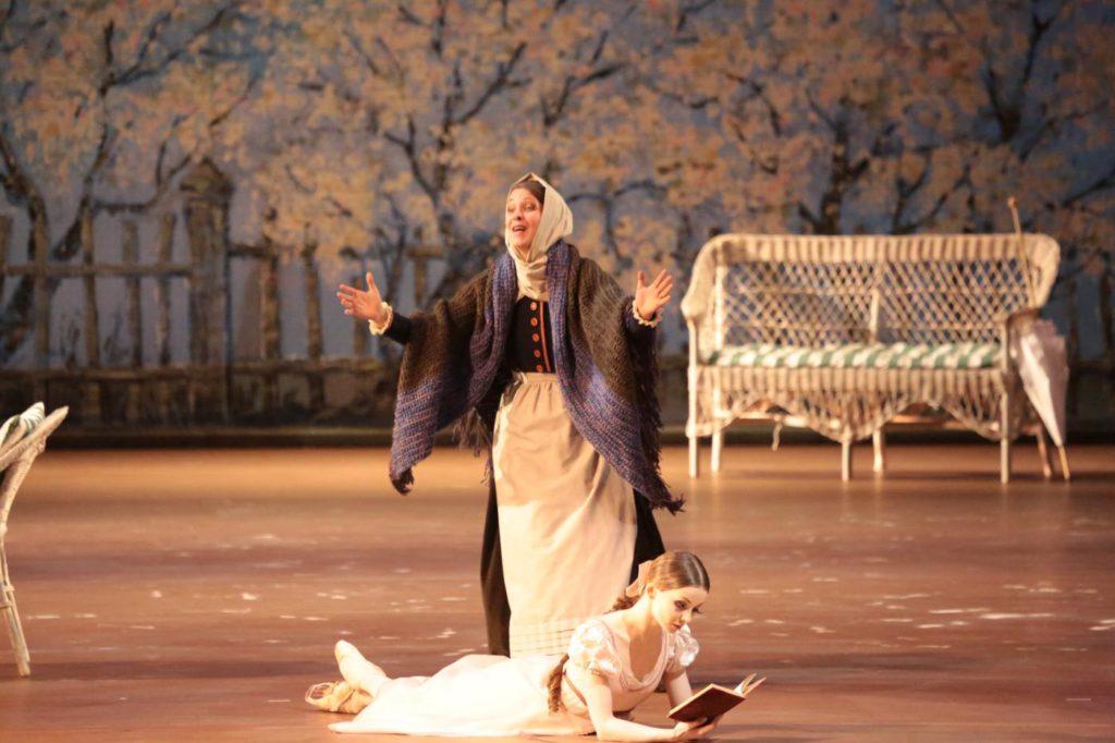 "1. E.Obraztsova and N.Semizorova, ""Onegin"" by J.Cranko, Bolshoi Ballet © Bolshoi Theatre / D.Yusupov"