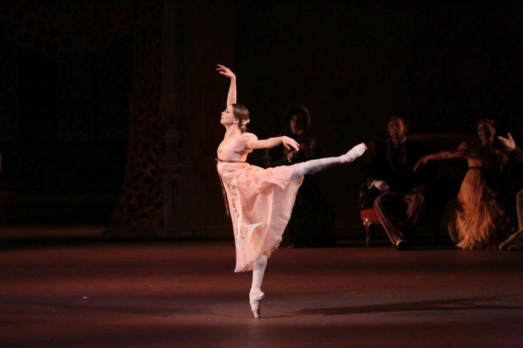 """5. E.Obraztsova, """"Onegin"""" by J.Cranko, Bolshoi Ballet © Bolshoi Theatre / D.Yusupov"""