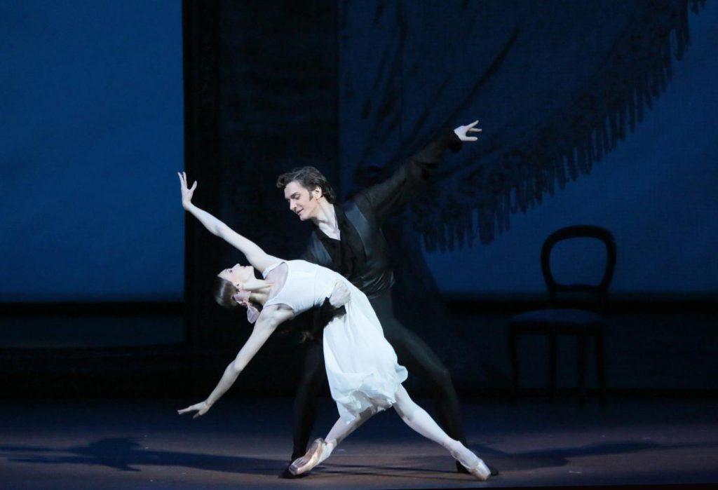 "3. O.Smirnova and V.Lantratov, ""Onegin"" by J.Cranko, Bolshoi Ballet © Bolshoi Theatre / D.Yusupov"