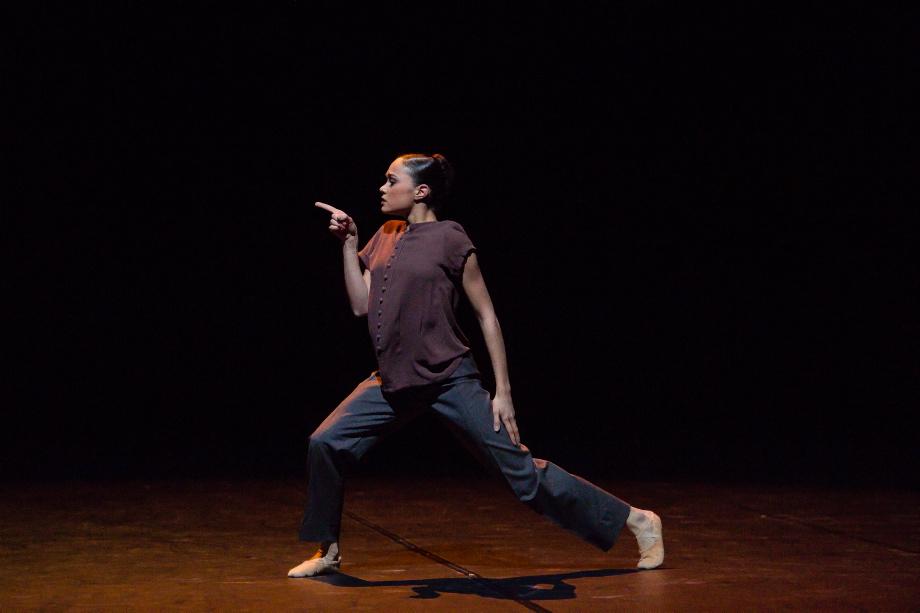 """13. A.de Mori, """"Elegia"""" by A.Giaquinto, Noverre Society Stuttgart – Young Choreographers 2017 © R.Novitzky"""