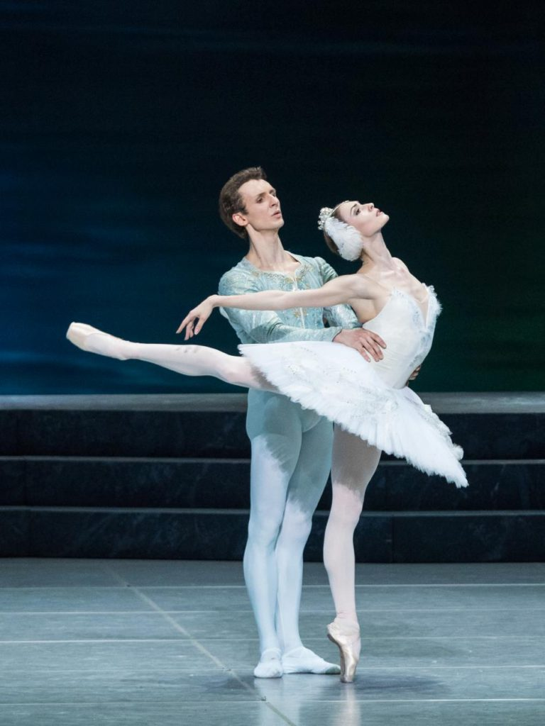 "1. S.Chudin and O.Smirnova, ""Swan Lake"" by R.Nureyev after M.Petipa and L.Ivanov, Vienna State Ballet © Vienna State Ballet / A.Taylor"