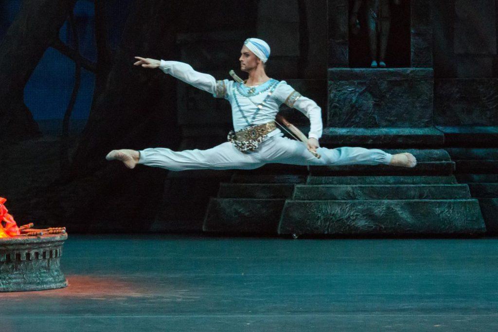 "9. D.Rodkin, ""La Bayadere"" by Y.Grigorovich after M.Petipa et al, Bolshoi Ballet © Bolshoi Theatre / M. Logvinov"