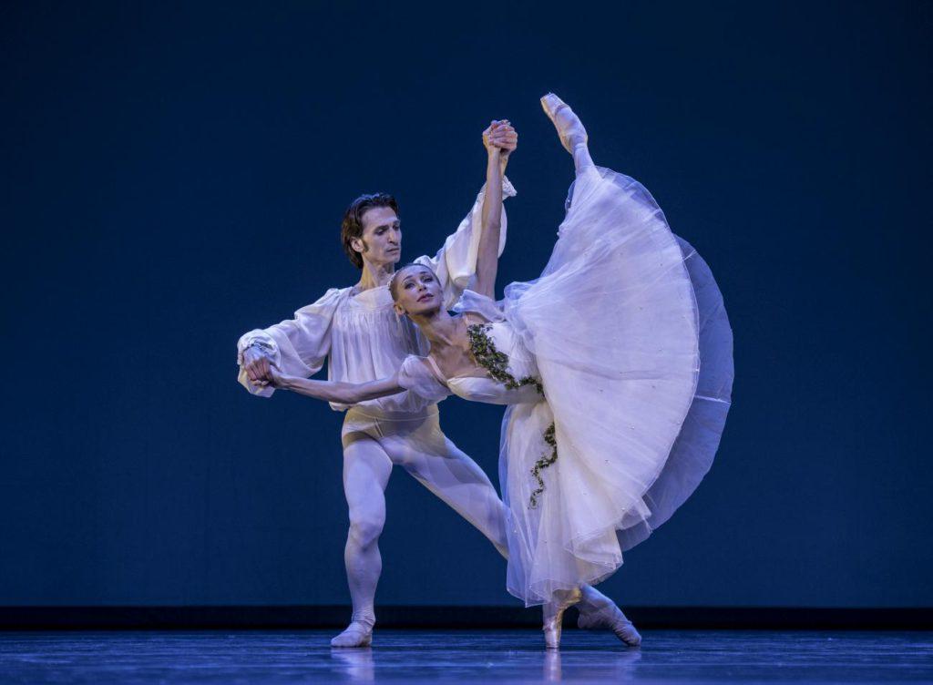 "1. D.Tamazlacaru and I.Salenko / State Ballet Berlin, ""Chopiniana"" by M.Fokin, Gala des Étoiles 2017 © P.Abbondanza"