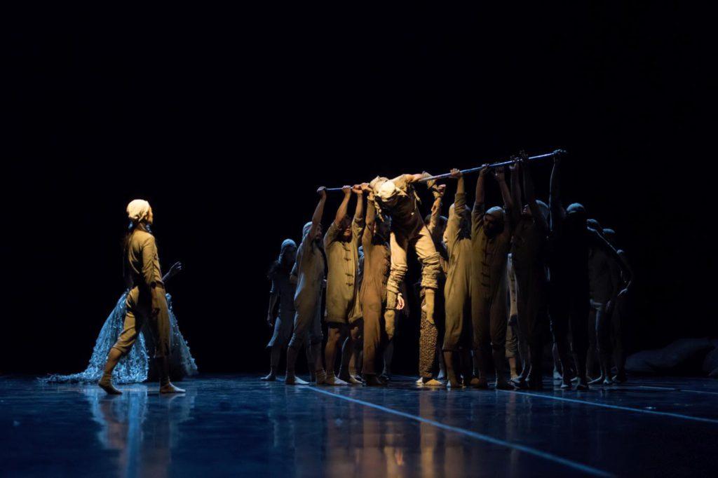 """7. N.Sasaki, I.Delgado, R.Scott and ensemble, """"Don Quixote"""" by G.Montero, Ballet of the State Theater Nuremberg 2017 © J.Vallinas"""