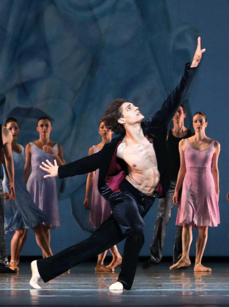 "9. D.Camargo, ""Shostakovich Trilogy"" by A.Ratmansky, Dutch National Ballet 2017 © H.Gerritsen"