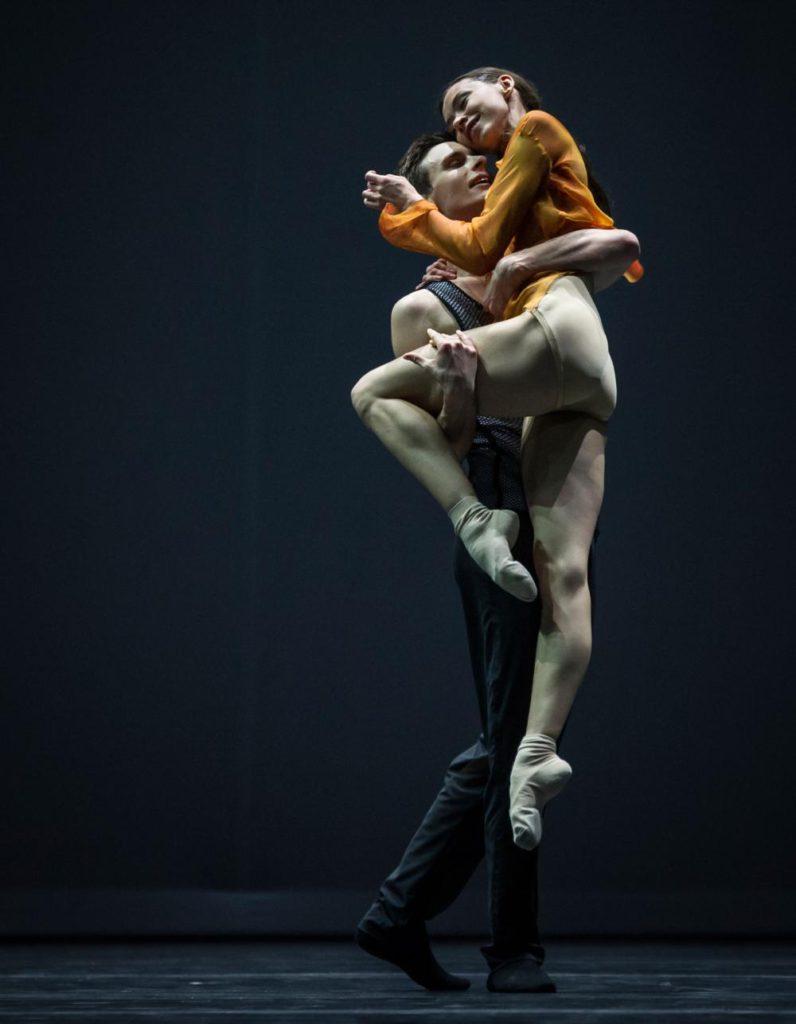 """11. A.Khamzina and J.Casier, """"Quintett"""" by W.Forsythe, Ballet Zurich 2017 © C.Quezada"""