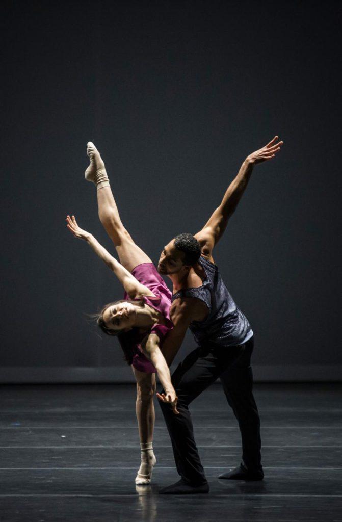 """12. G.Tonelli and M.Renard, """"Quintett"""" by W.Forsythe, Ballet Zurich 2017 © C.Quezada"""