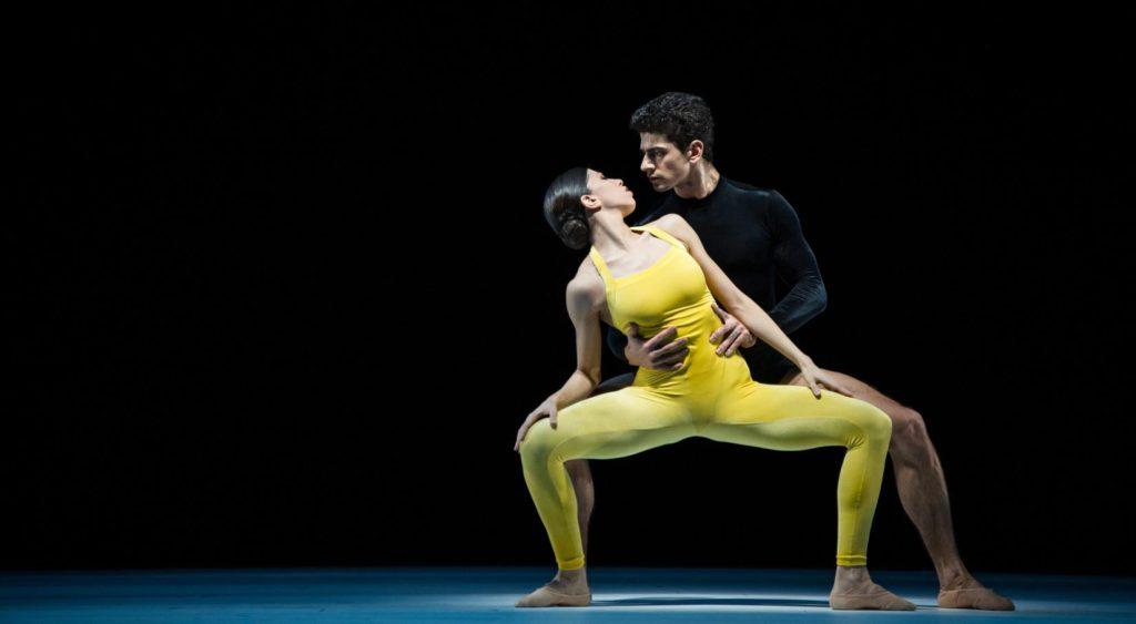 """7. C.Perrota Altube and T.Mkrtchyan, """"Kammerballett"""" by H.van Manen, Ballet Zurich 2017 © C.Quezada"""