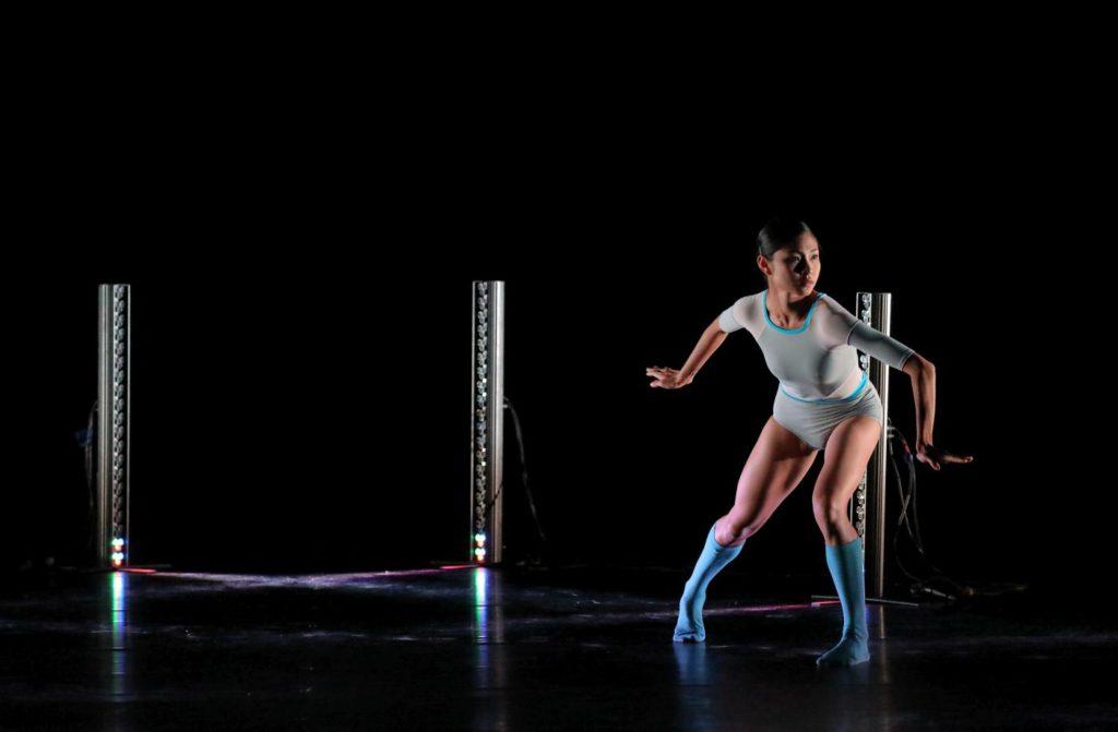 """2. N.Rodboon, """"Mama, ich kann fliegen"""" by D.Klein, Bavarian State Ballet 2017 © W.Hösl"""