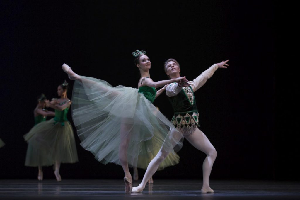 "9. J.Dronina and M.Rademaker, ""Jewels"" by G.Balanchine, Dutch National Ballet © A.Sterling"