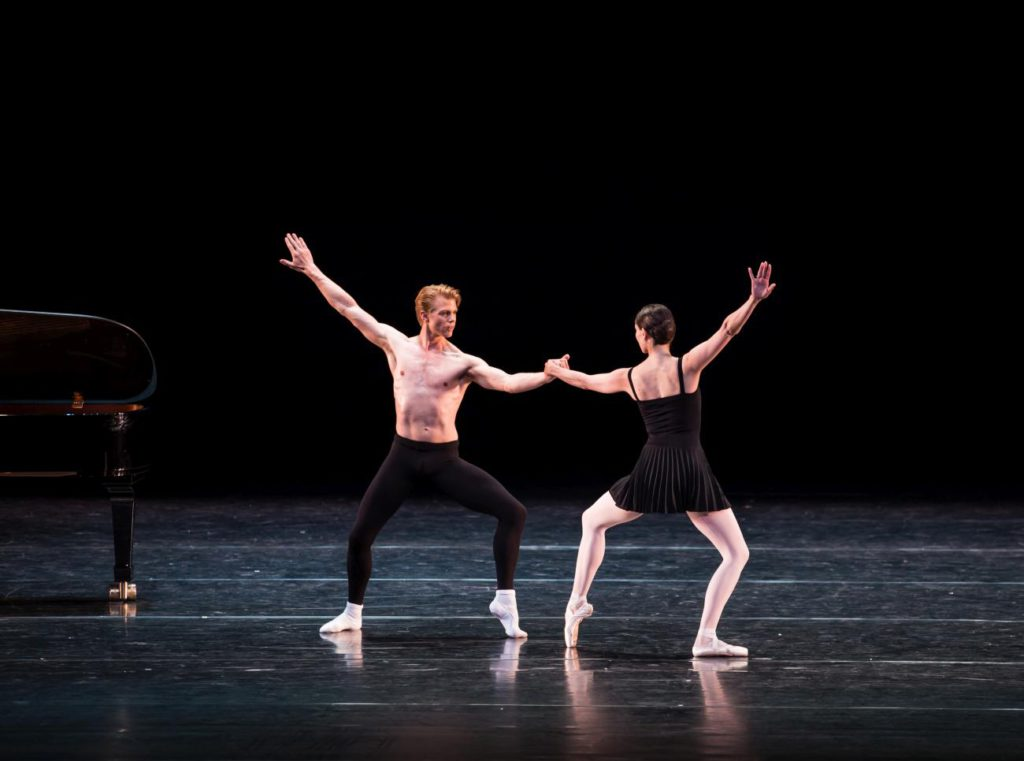 "5. M.Rademaker and I.de Jongh, ""Sarcasm"" by H.van Manen, Dutch National Ballet © M.Westerveld"