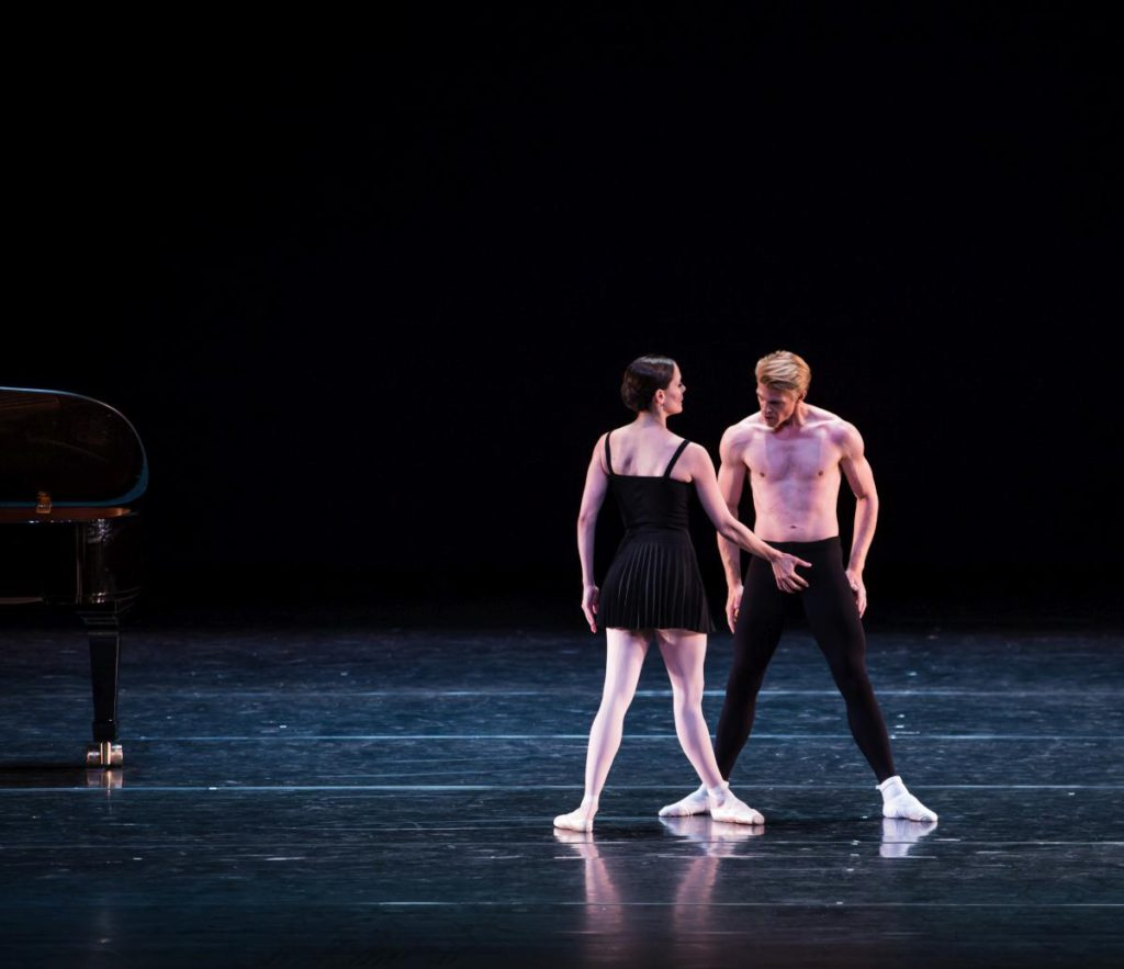 "4. I.de Jongh and M.Rademaker, ""Sarcasm"" by H.van Manen, Dutch National Ballet © M.Westerveld"