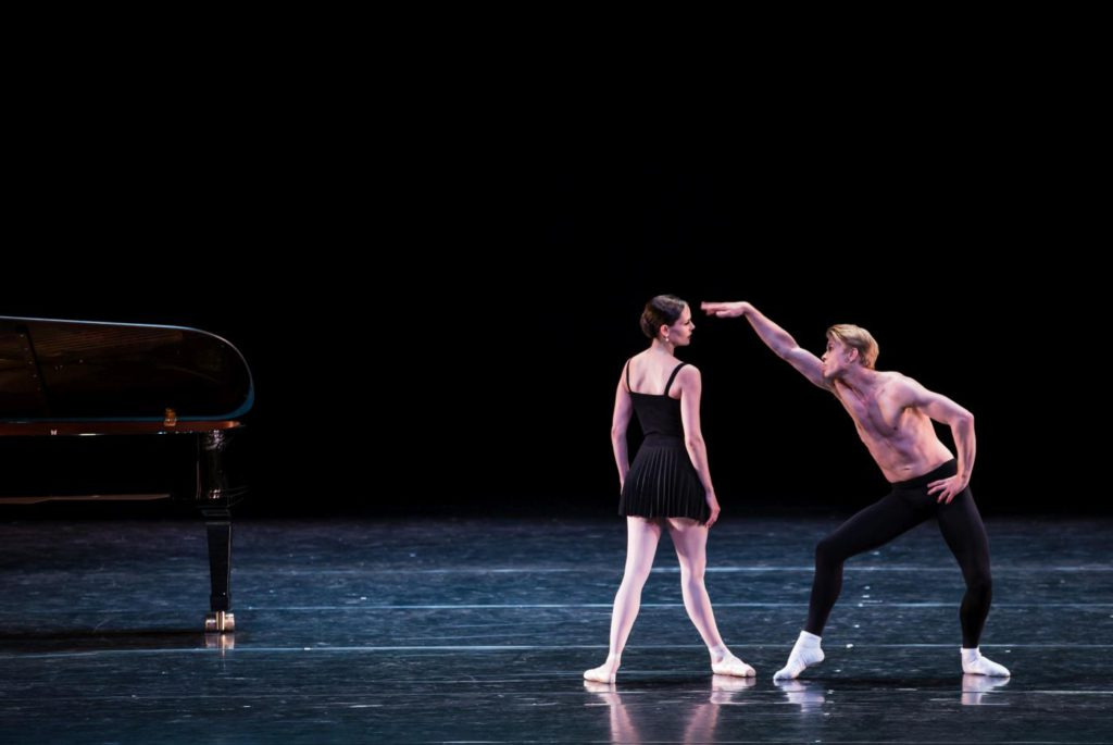 "3. I.de Jongh and M.Rademaker, ""Sarcasm"" by H.van Manen, Dutch National Ballet © M.Westerveld"