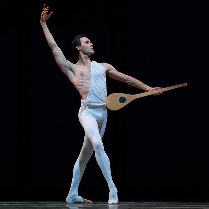 "28. J.Varga, ""Apollon Musagète"" by G.Balanchine, Dutch National Ballet © A.Kaftira"