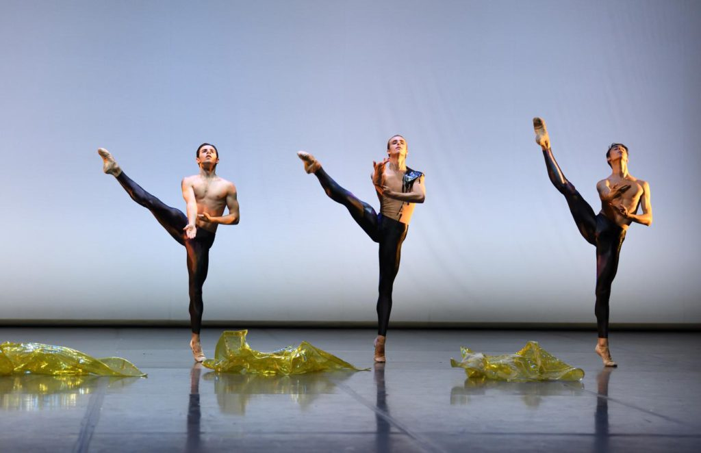 "5. P.Terranova, N.Turnbull and M.Piraino, ""The Four Seasons"": ""Autumn"" by F.Adorisio, John Cranko School © Stuttgart Ballet"