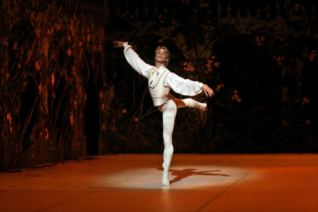 "17. M.Rademaker, ""The Sleeping Beauty"" by M.Haydée, Stuttgart Ballet © U.Beuttenmueller"