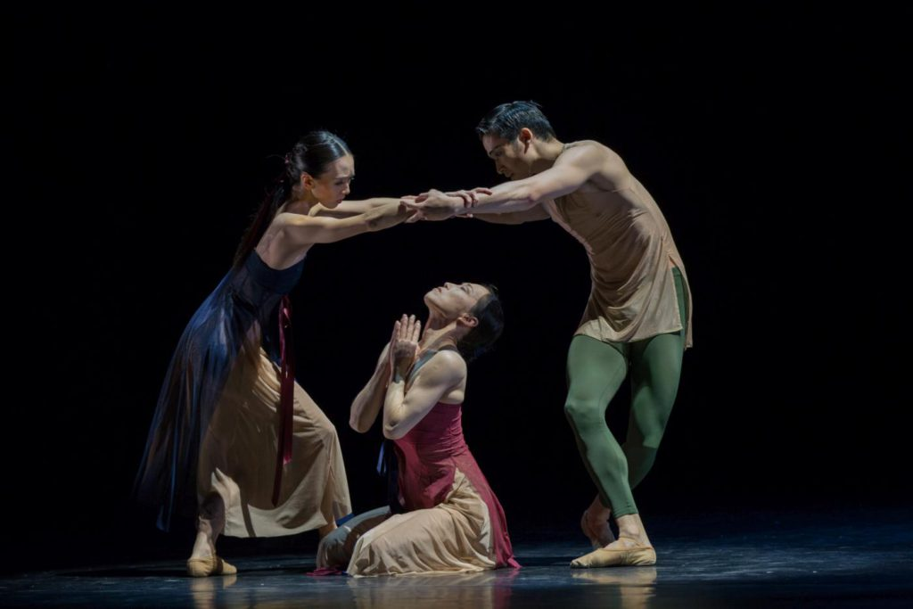 "17. A.Morgenstern, Y.Kato and T.Nakanome, ""49"" by S.-Y.Kim, Ballett am Rhein © G.Weigelt"