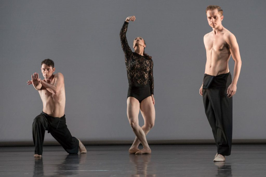 "8. B.Narnhammer, M.Dias and A.Stashak,""Fourmis"" by S.Locsin, Ballett am Rhein © G.Weigelt"