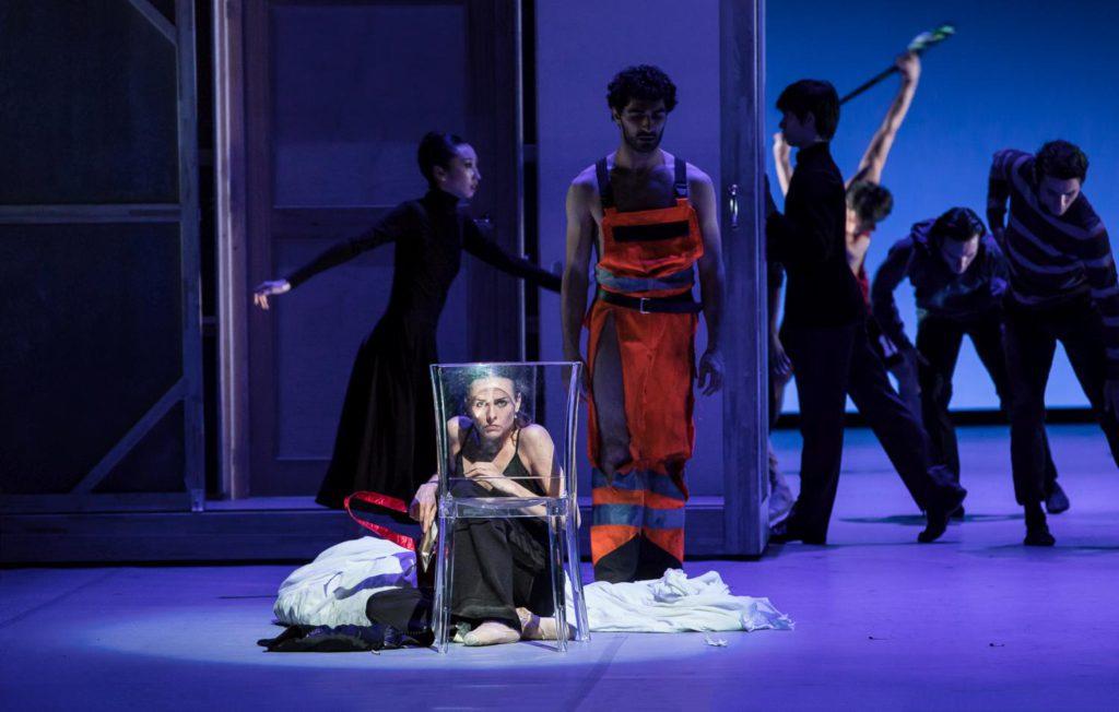 "22. A.Laudere, K.Azatyan and ensemble, ""Anna Karenina"" by J.Neumeier, Hamburg Ballet © S.Ballone"