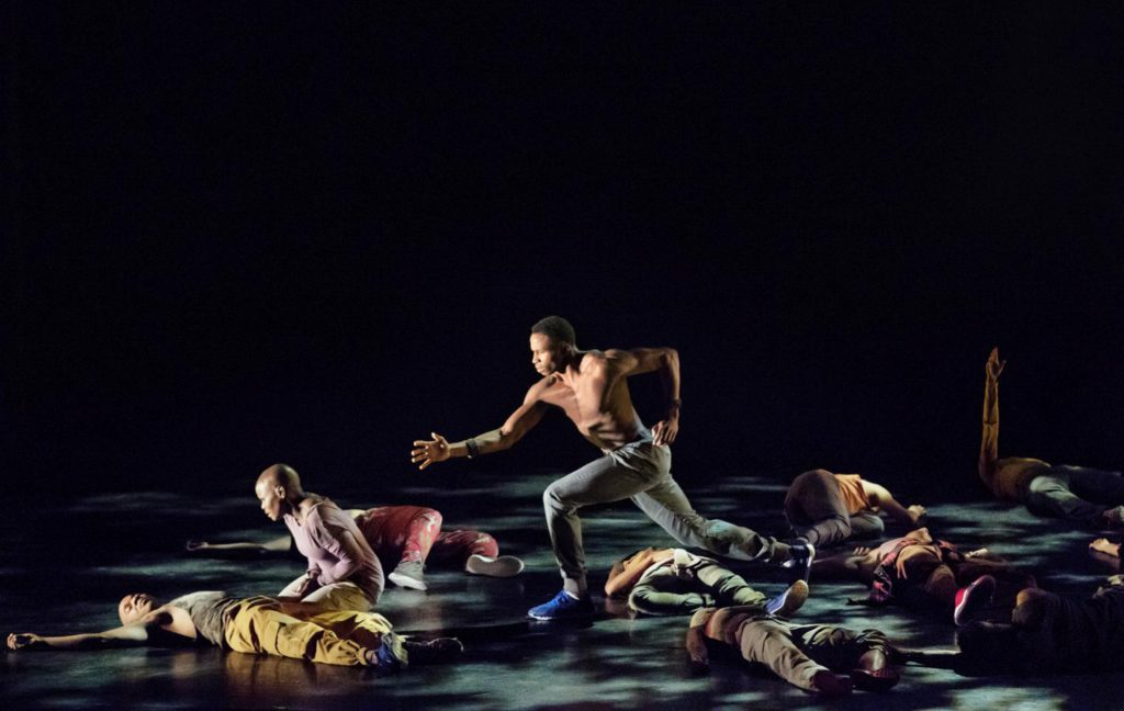 "5. J.Roberts and ensemble, ""Exodus"" by R.Harris, Alvin Ailey American Dance Theater © P.Kolnik"