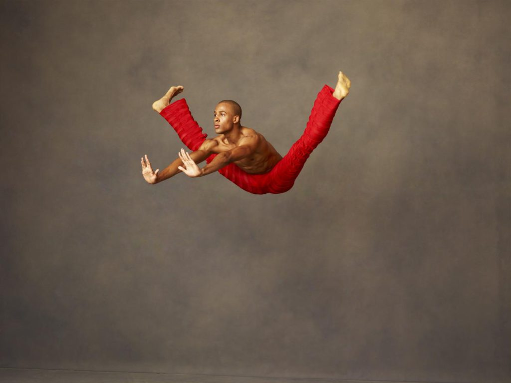 "8. Y.Lebrun, ""Takademe"" by R.Battle, Alvin Ailey American Dance Theater © A.Eccles"