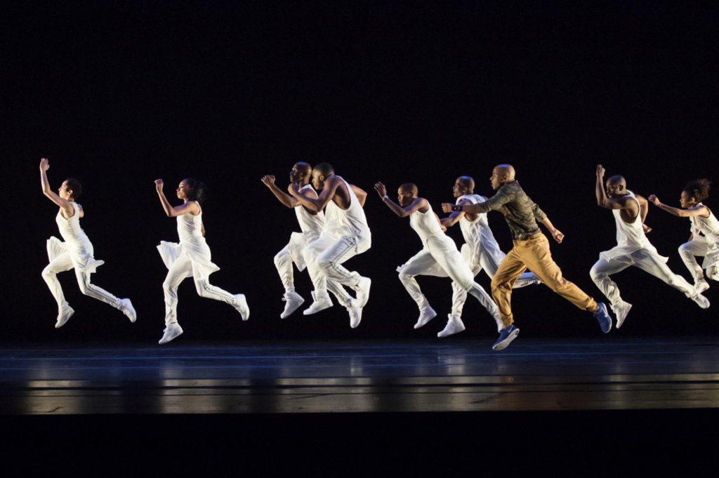 "7. Ensemble, ""Exodus"" by R.Harris, Alvin Ailey American Dance Theater © P.Kolnik"