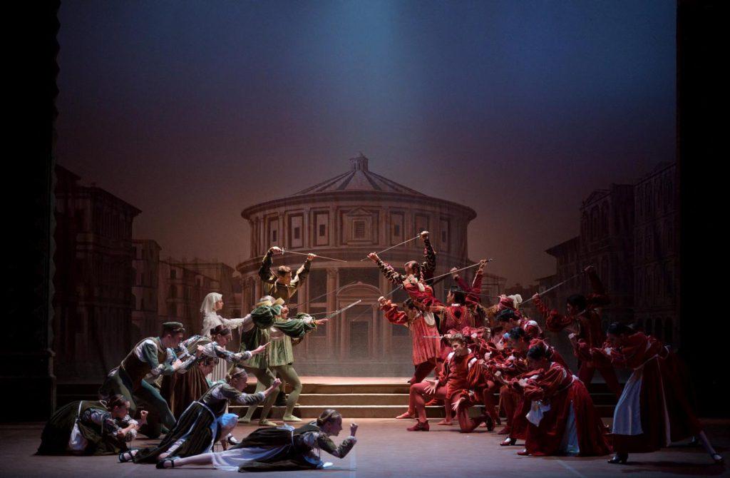 "2. Ensemble, ""Romeo and Juliet"" by R.Nureyev, English National Ballet © L.Liotardo"