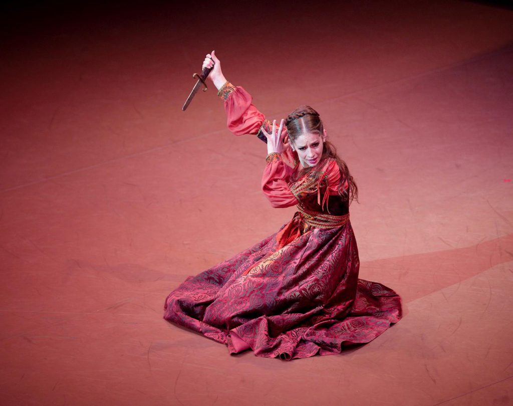 "3. L.Summerscales, ""Romeo and Juliet"" by R.Nureyev, English National Ballet © L.Liotardo"