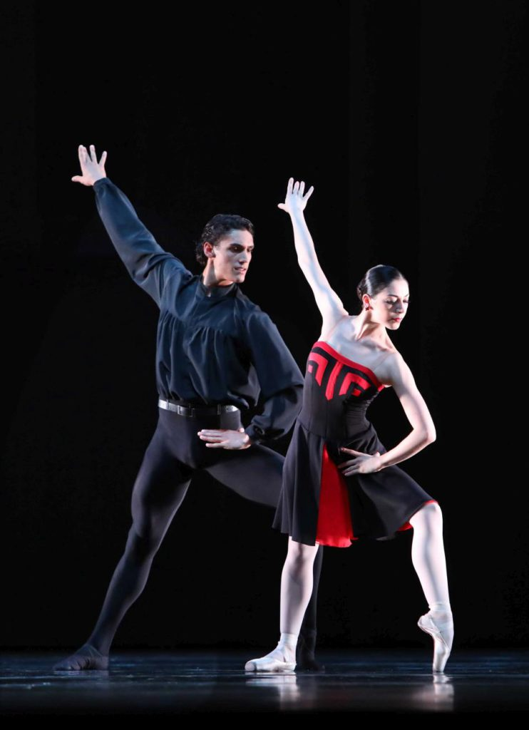 "13. D.Camargo and M.Makhateli, ""5 Tango's"" by H.van Manen, Dutch National Ballet 2017 © H.Gerritsen"
