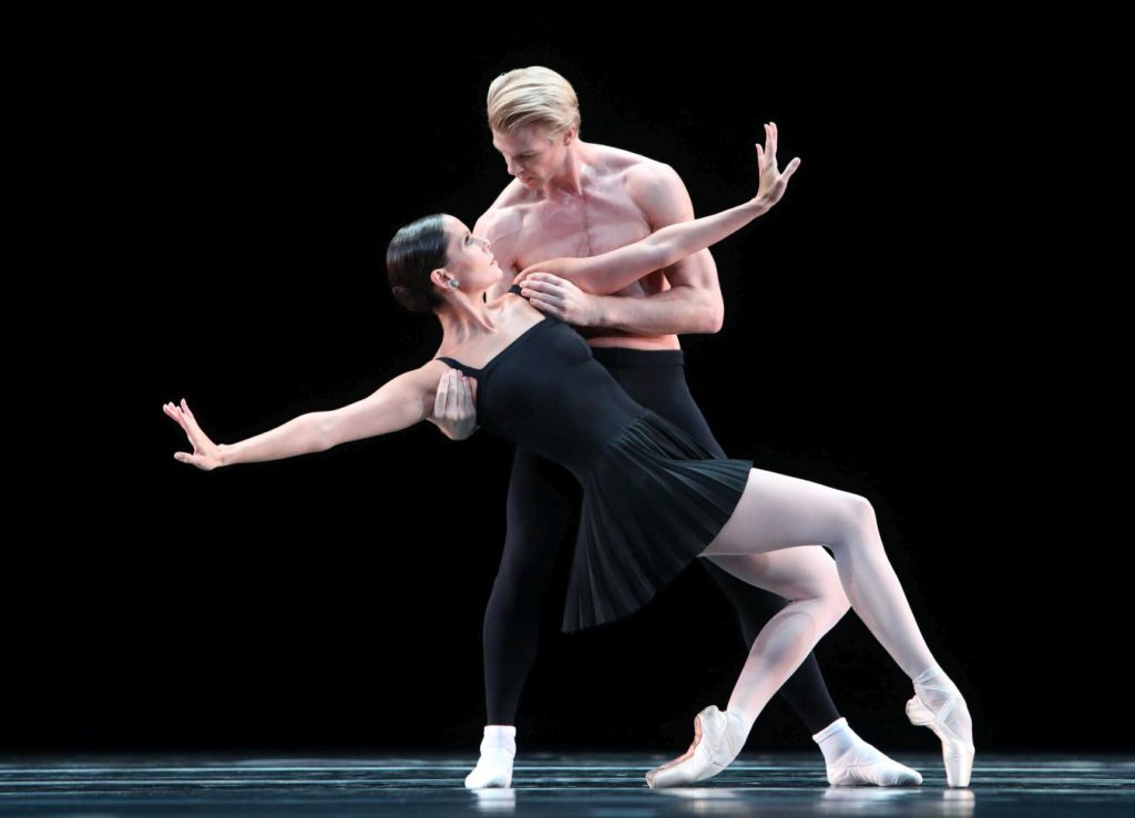 "11. I.de Jongh and M.Rademaker, ""Sarcasmen"" by H.van Manen, Dutch National Ballet 2017 © H.Gerritsen"