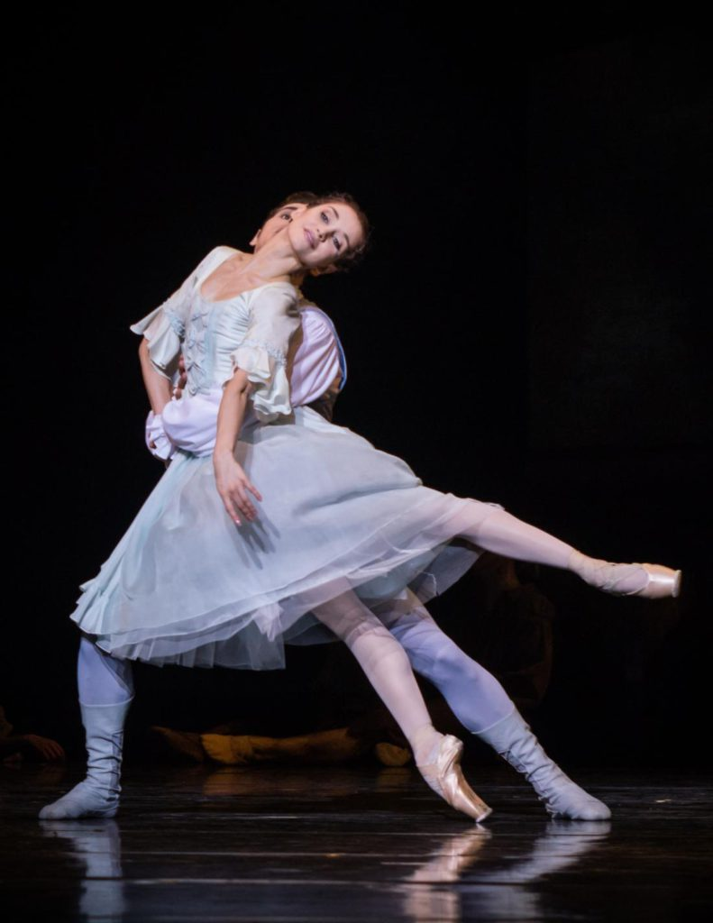 "2. A.Ol and J.A.Lacey, ""Manon"" by K.MacMillan, Semperoper Ballet 2017 © I.Whalen"