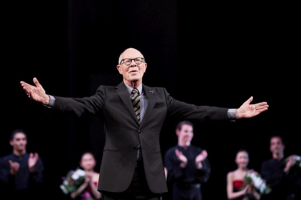1. Hans van Manen at the curtain call, Dutch National Ballet 2017 © M.Graste