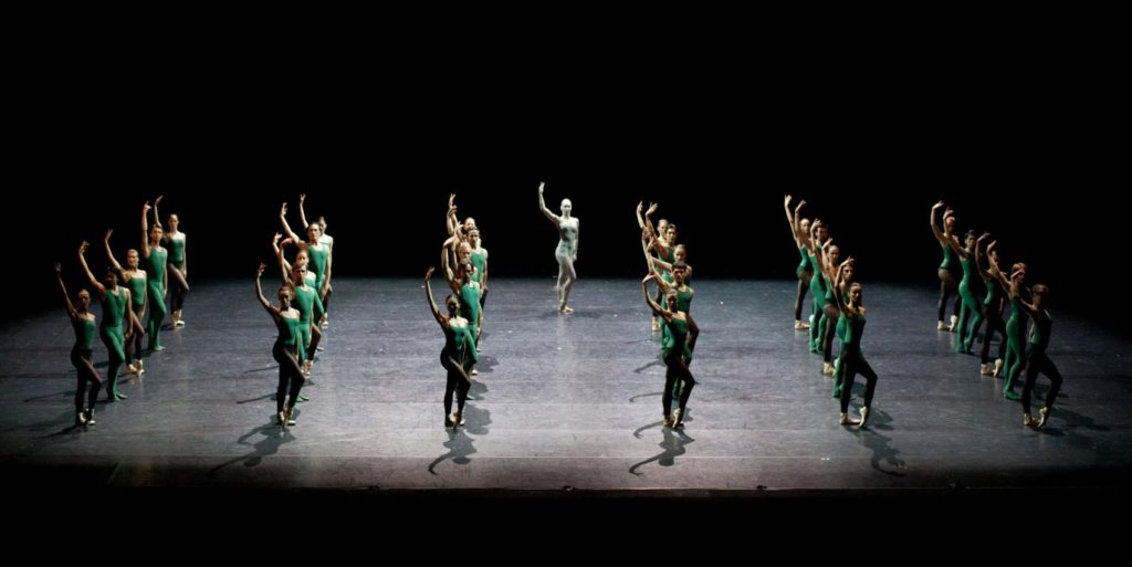 "13. Ensemble, ""Artifact Suite"" by W.Forsythe, Polish National Ballet © E.Krasucka"