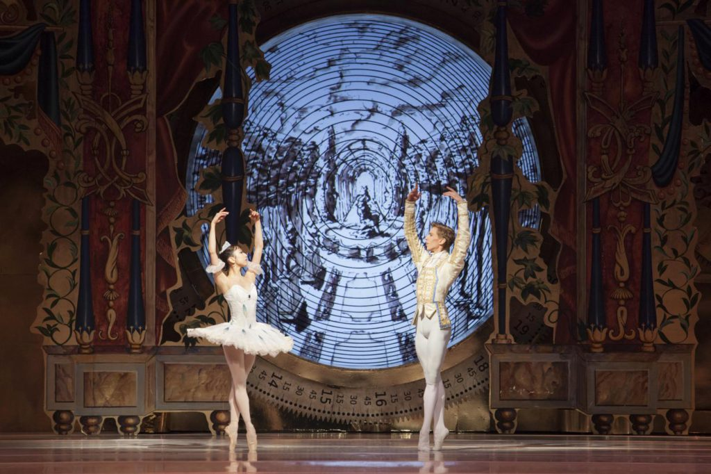 "23. M.Kageyama and D.Trzensimiech, ""The Nutcracker and the Mouse King"" by T.van Schayk and W.Eagling, Polish National Ballet © E.Krasucka"