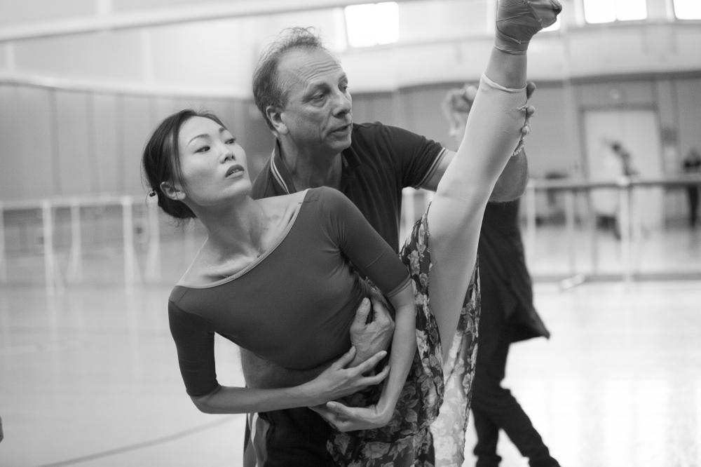 6. Y.Ebihara and K.Pastor during a rehearsal, Polish National Ballet © E.Krasucka