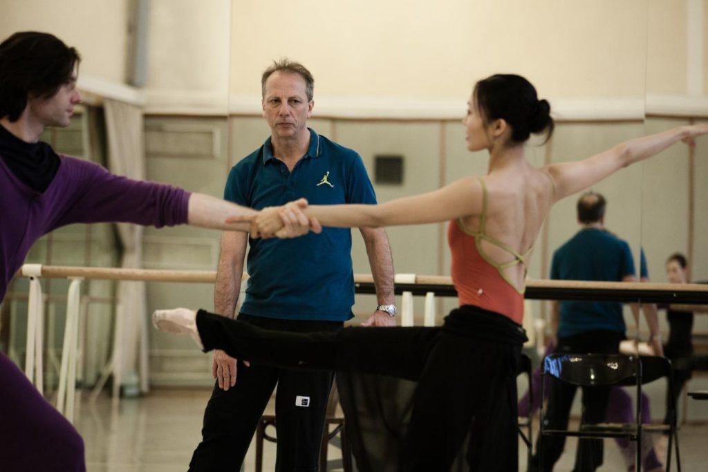 9. V.Yaroshenko, K.Pastor and Y.Ebihara during a rehearsal, Polish National Ballet © E.Krasucka