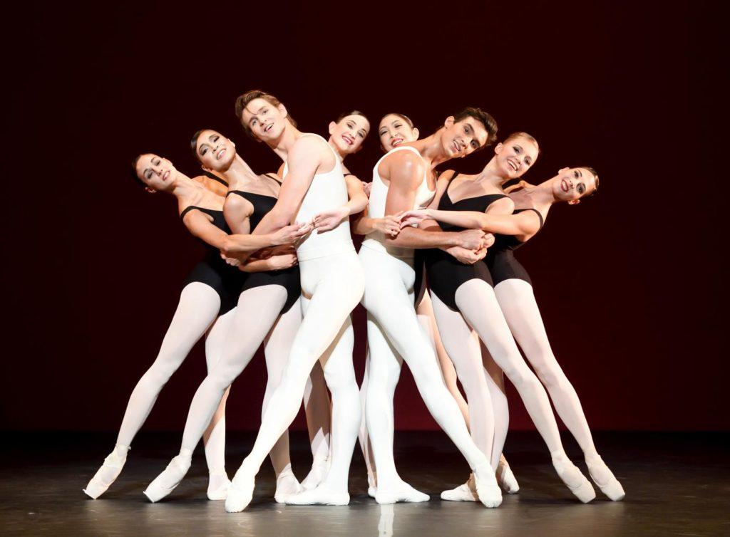 """1. D.Moore, M.F.Paixà and ensemble, """"L'Estro Armonico"""" by J.Cranko, Stuttgart Ballet 2017 © Stuttgart Ballet"""