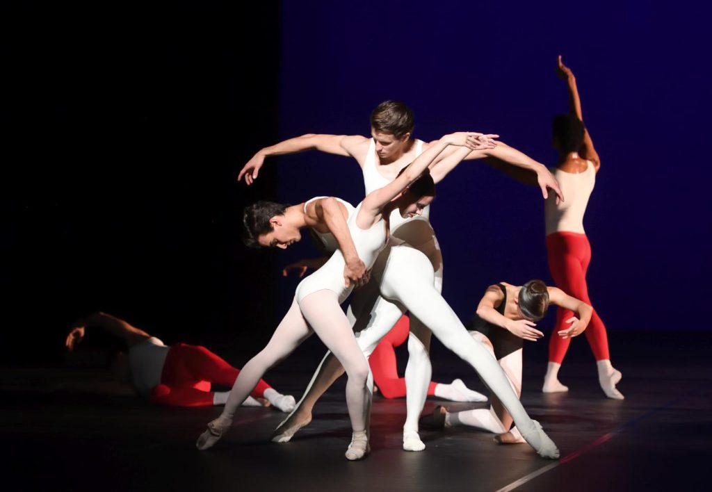 """2. E.Badenes, D.Moore, M.F.Paixà and ensemble, """"L'Estro Armonico"""" by J.Cranko, Stuttgart Ballet 2017 © Stuttgart Ballet"""