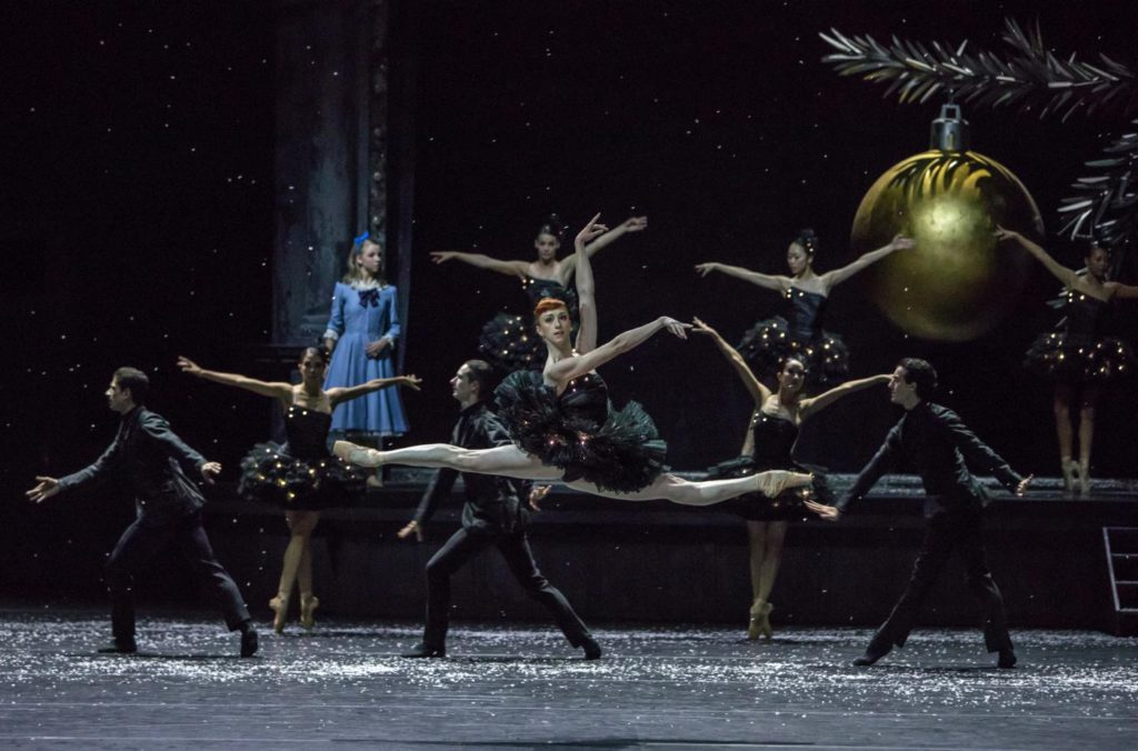 "14. E.Vostrotina, M.Willems and ensemble, ""Nutcracker and Mouse King"" by C.Spuck, Ballet Zurich 2017 © G.Batardon"