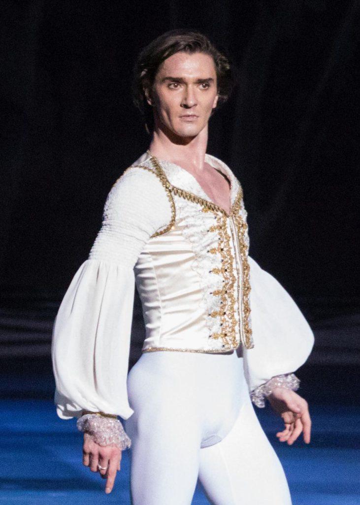 """1. V.Lantratov, """"Nureyev"""", chor.: Y.Possokhov, dir.: K.Serebrennikov, Bolshoi Ballet 2017 © Bolshoi Ballet / M.Logvinov"""