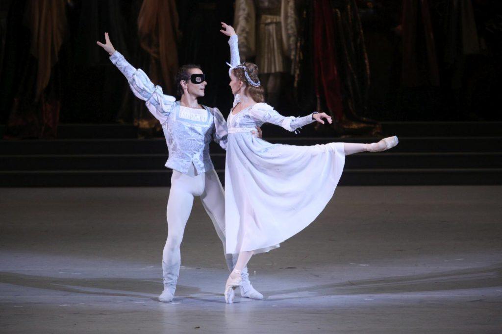 "1. V.Lopatin and A.Stashkevich, ""Romeo and Juliet"" by A.Ratmansky, Bolshoi Ballet 2017 © Bolshoi Ballet / E.Fetisova"