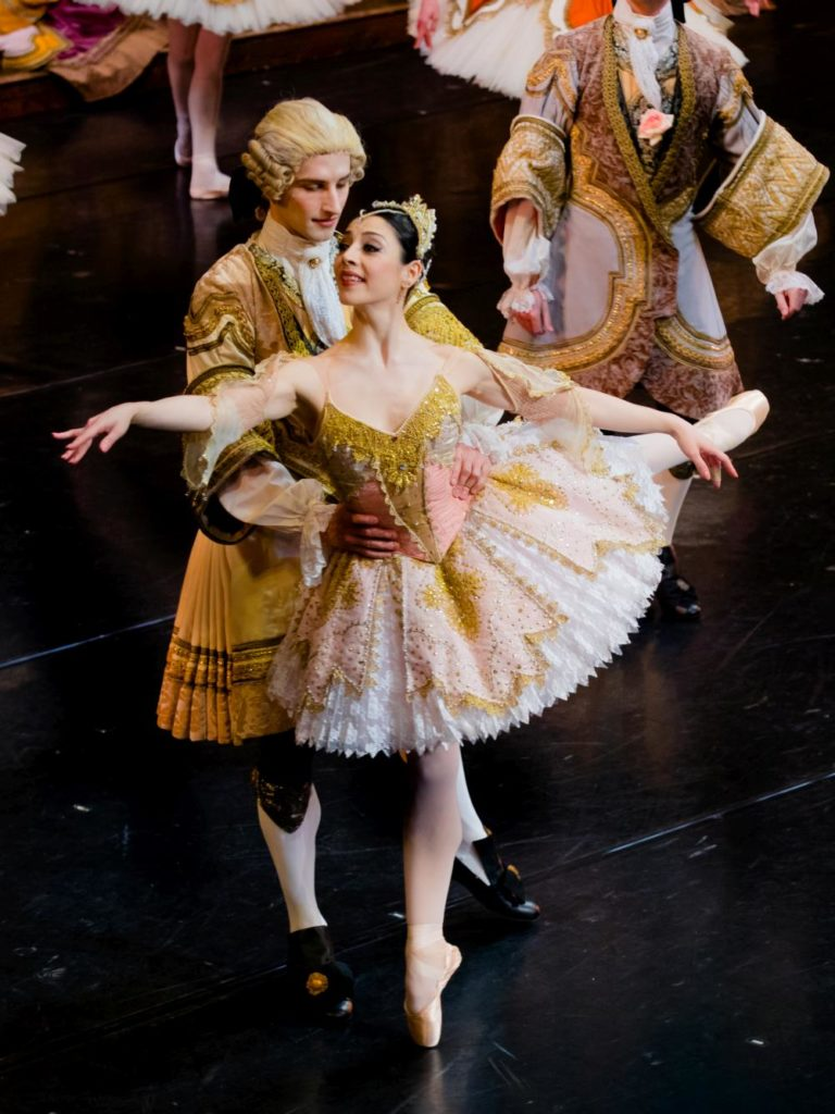 "3. M.Makhateli and ensemble, ""The Sleeping Beauty"" by P.Wright after M.Petipa, Dutch National Ballet 2017 © A.Kaftira"