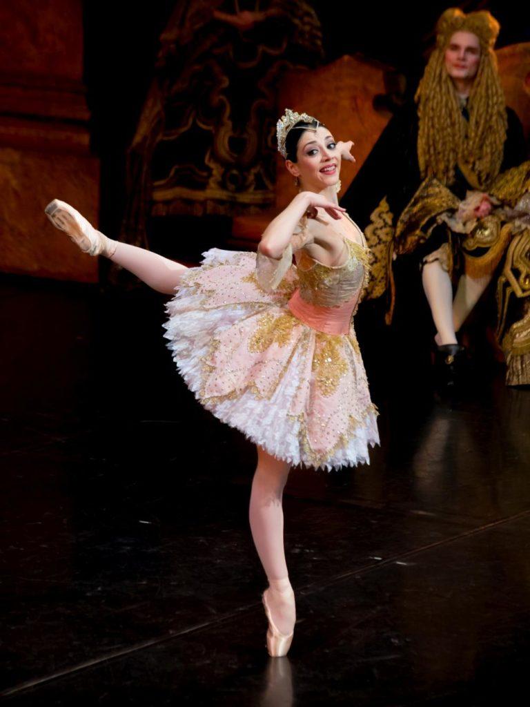 "2. M.Makhateli and ensemble, ""The Sleeping Beauty"" by P.Wright after M.Petipa, Dutch National Ballet 2017 © A.Kaftira"