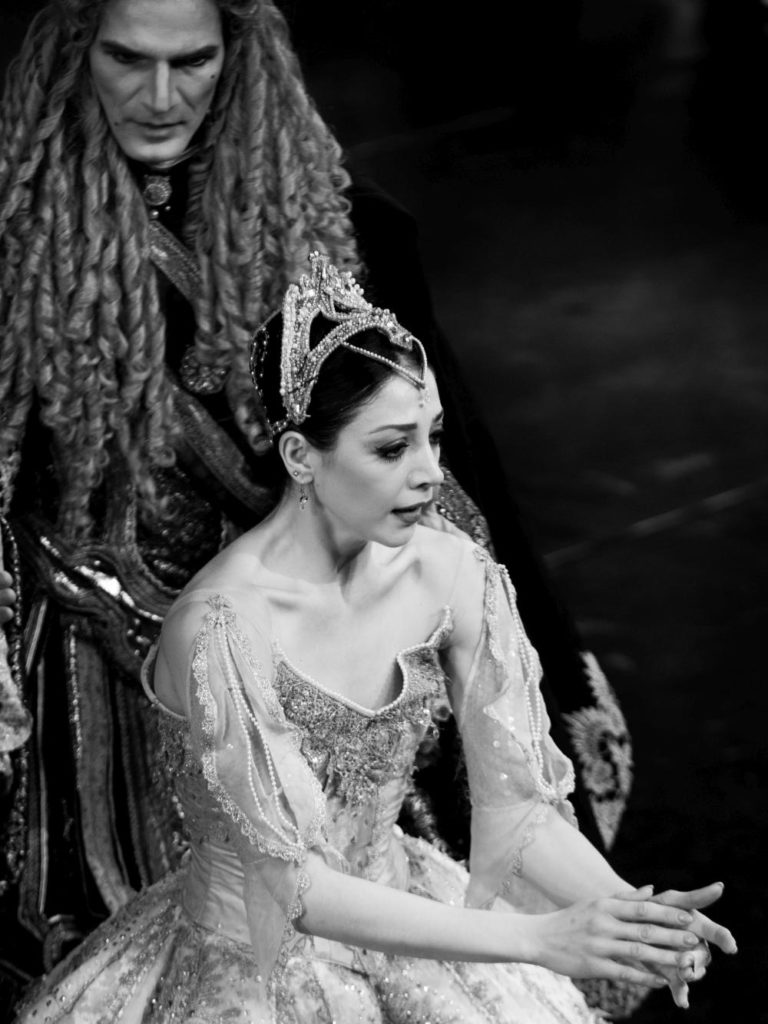 "11. M.Makhateli and ensemble, ""The Sleeping Beauty"" by P.Wright after M.Petipa, Dutch National Ballet 2017 © A.Kaftira"
