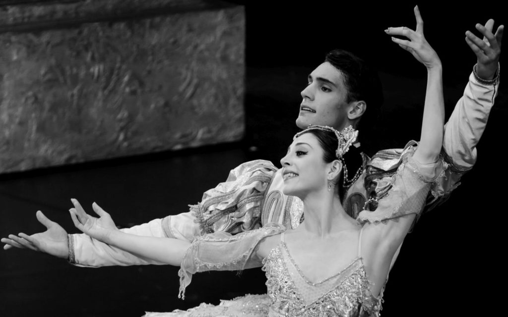 "20. M.Makhateli and D.Camargo, ""The Sleeping Beauty"" by P.Wright after M.Petipa, Dutch National Ballet 2017 © A.Kaftira"
