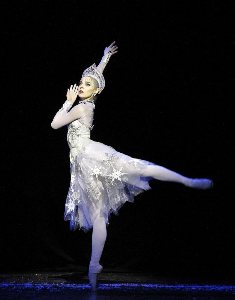 "8. A.Nanu, ""The Snow Queen"" by M.Corder, Czech National Ballet © H.Smejkalová"
